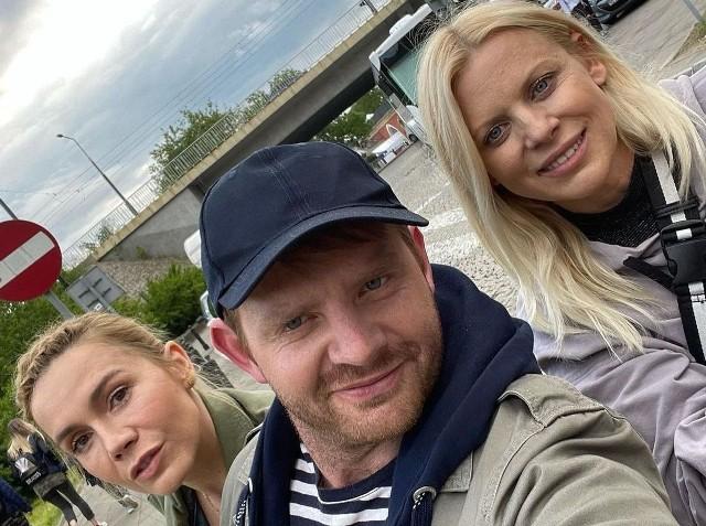 Na zdjęciu Rafał Zawierucha, z reżyserką Marią Sadowską i grającą główną rolę aktorką Olgą Bołądź,