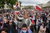 """Tłumy na przemówieniu Rafała Trzaskowskiego w Poznaniu. """"Zazdrościmy wam, poznaniakom. Was nie trzeba uczyć pracy u podstaw"""""""