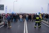 Borusowa-Nowy Korczyn. Policja i sanepid sprawdzają, czy podczas uroczystości otwarcia mostu na Wiśle złamano reżim sanitarny. Był tłum