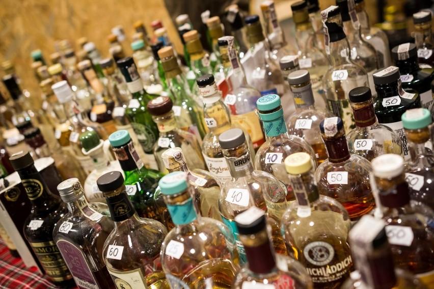 Za alkohol i papierosy zapłacimy więcej. Sejm podjął decyzję