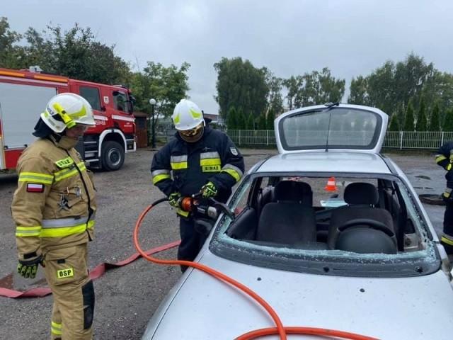 Ochotnicza Straż Pożarna z Belska Dużego w ramach dnia otwartego przygotowała dla dzieci i młodzieży dużo atrakcji.