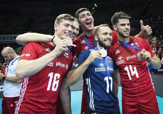 Polacy cieszyli się z brązowych medali, ale pewnie żal jest straconej szansy na krążek z lepszego kruszcu
