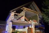 Zawaliła się ściana budynku w Wierzbicach. Dwie osoby zginęły pod gruzami (ZDJĘCIA, FILM)