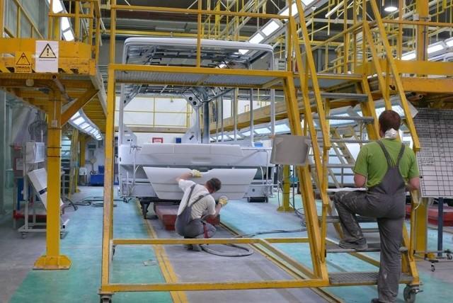 Obecnie w starachowickich zakładach trwa głównie produkcja komponentów i szkieletów do autobusów miejskich.