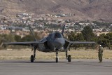 Podpisanie umowy w Dęblinie na dostawę 32 maszyn F-35. Pierwszy samoloty przylecą dopiero za kilka lat (Video)