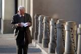 Czternasta emerytura do likwidacji? Nie będzie kontynuacji dodatkowego świadczenia dla emerytów