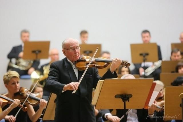 """""""The New York Times"""" okrzyknął Krzysztofa Jakowicza """"tytanem skrzypiec""""!"""