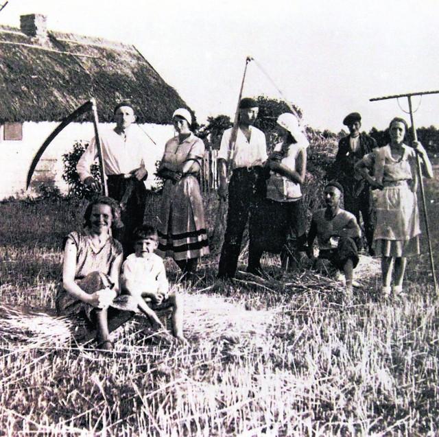 Jedna z rolniczych rodzin ze wsi Retkinia