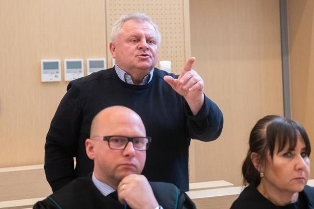 Andrzej Tylman, ojciec zmarłej Ewy Tylman, domagał się 100 tys. zł od poznańskiego zakładu pogrzebowego Universum oraz jednego z podwykonawców za znieważenie zwłok Ewy Tylman