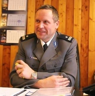 Komendant tucholskiej policji Krzysztof Bodziński.