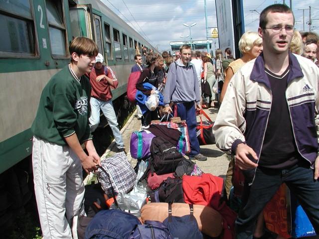 Latem pociągi cieszą się największą frekwencją...