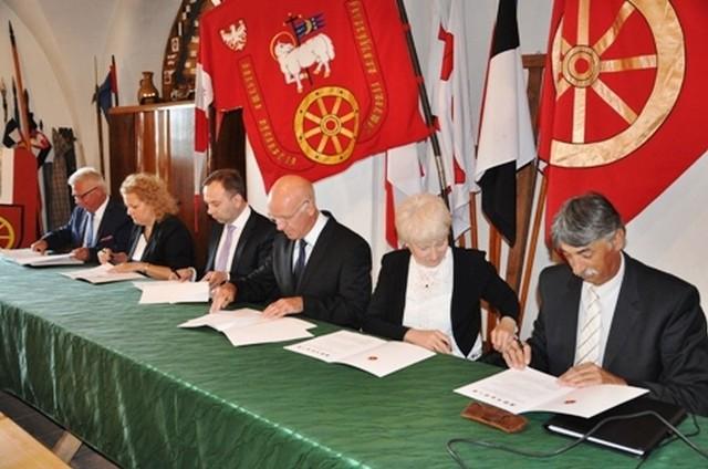 Porozumienie w sprawie OSI zostało podpisane na zamku w Radzyniu Chełm.