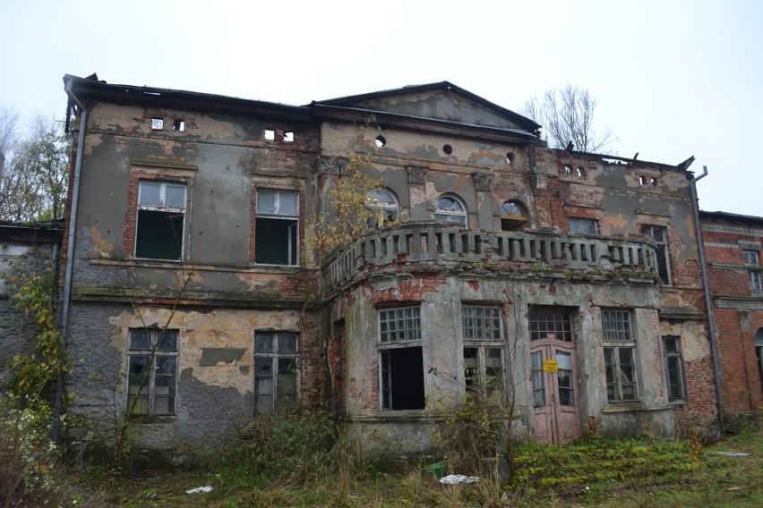 Pałac w Słupowie. Tak wygląda po pożarze