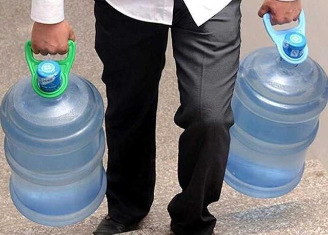 Zwiększona liczba bakterii coli. Woda w sołectwie Sypniewo nie nadaje się do spożycia. Sprawdźcie, kiedy możecie pójść po wodę.