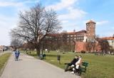 Długoterminowa pogoda na weekend w Krakowie [7.05-9.05]. Ogromne wahania temperatury od 2 do 22 stopni