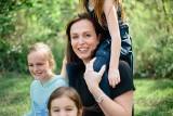 Życzenia na Dzień Matki. Najpiękniejsze życzenia i wierszyki z okazji Dnia Matki. Do napisana na laurce, wysłania SMS-em lub  Messengerem