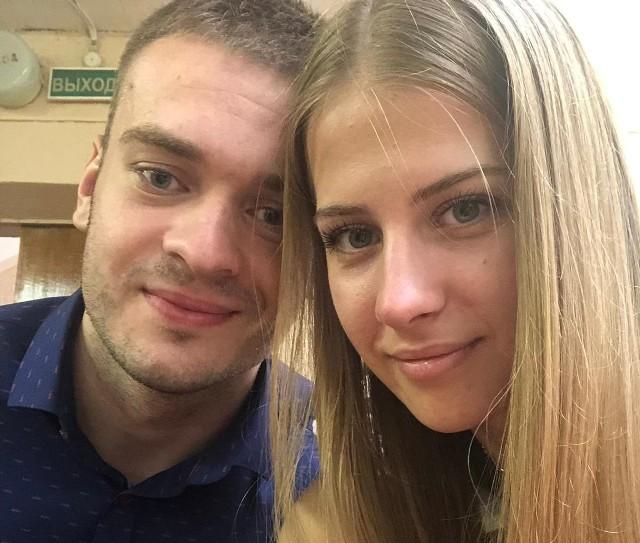 Julia Trusiło i Wiaczesław Perec, młode małżeństwo lekarzy z Pińska, uciekło do Polski z obawy przed aresztowaniem. Sława był w grupie inicjatywnej Swietłany Ciechanouskiej, został zatrzymany przez policję.