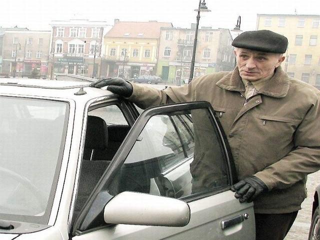 Nie zawsze łatwo udaje się znaleźć wolne miejsce w centrum - mówi Henryk Szumotalski ze Stanisławek