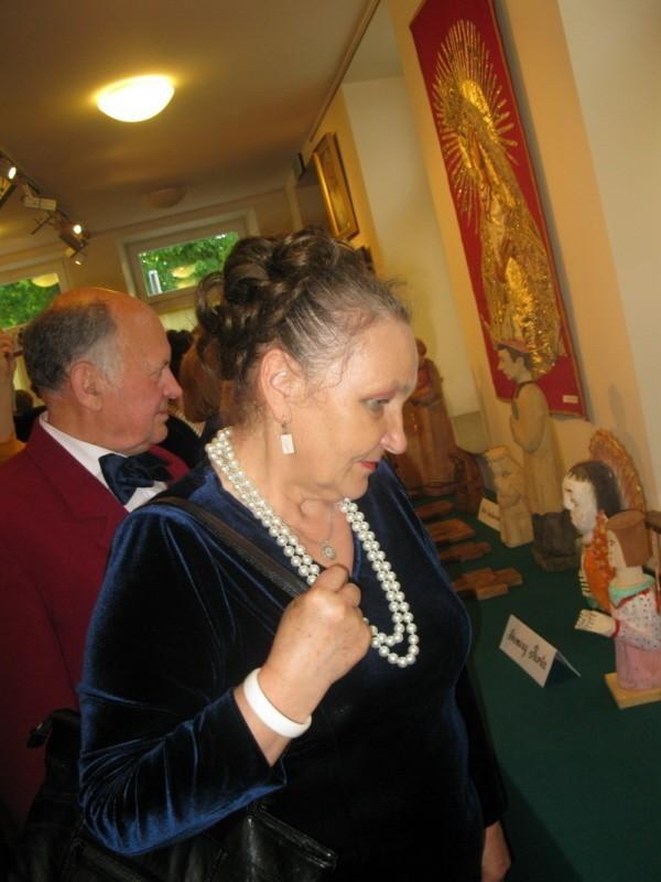W Galerii za Lirą otwarto wystawę plastyczną poświęconą sztuce sakralnej.