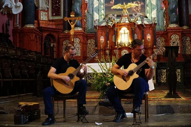 Zróżnicowaną muzykę przynosi kończący się w niedzielę w Poznaniu, a będący przedsmakiem właściwej części Akademii Gitary -Bałkański Weekend.