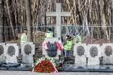 Ekshumacja szczątków majora Henryka Sucharskiego i kaprala Andrzeja Kowalczyka na Westerplatte w najbliższych dniach