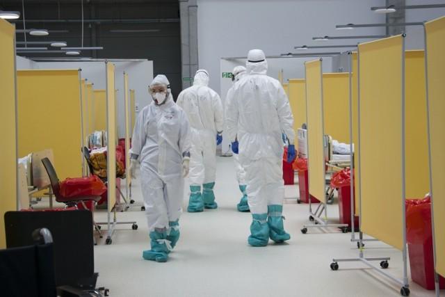 Żebyśmy nabyli odporność stadną i raz na zawsze uporali się z koronawirusem, zaszczepionych musi być około 70 proc. całej populacji. Do tego nam jeszcze sporo brakuje, bo zaszczepionych jest zaledwie 35 proc. opolan.