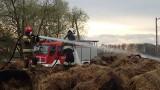 Grajewo. Pożar bel siana przy bocznicy kolejowej. W akcji udział brało sześć zastępów straży pożarnej [ZDJĘCIA]