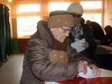 Wybory Samorządowe - Więcbork. Stuletnia Gertruda Jahr wybierała burmistrza