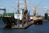 W Gdyni statek uderzył w dok. Wyciekł mazut
