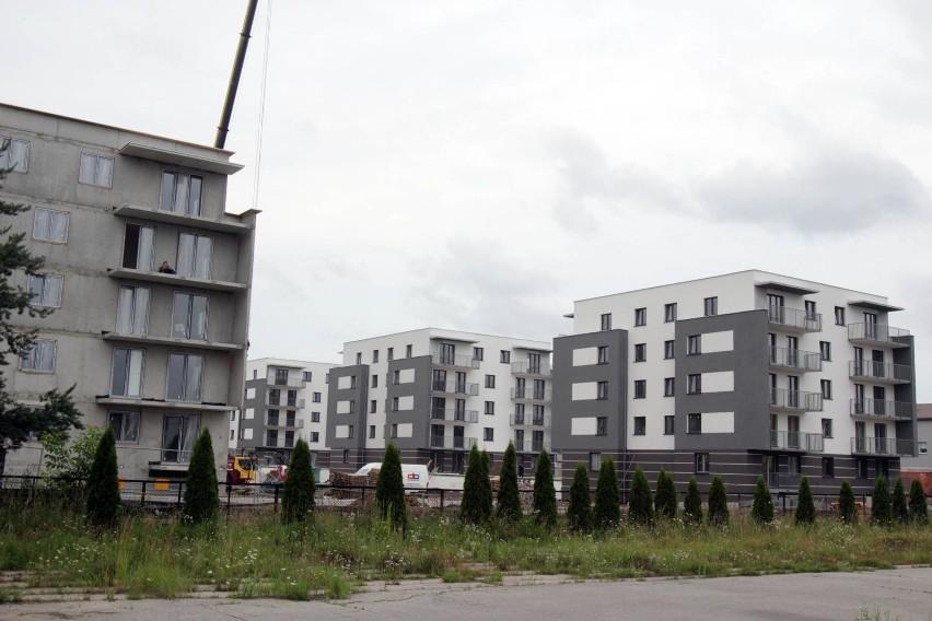 Knurów. Budowa osiedla aleja Lipowa. Zdjęcia z 21 lipca 2020...
