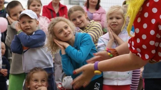 Festyn z okazji Dnia Dziecka w Jamnie.