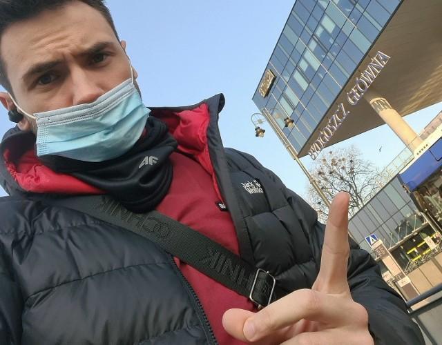 Marcin Myszka podcast kryminalny Kryminatorium tworzy od dwóch lat. Co tydzień wysłuchać można nowego odcinka, w którym autor przybliża szczegółowo sprawy brutalnych i wstrząsających zbrodni sprzed lat, nie tylko tych, których dokonano w Polsce.
