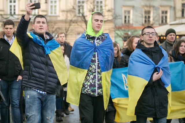 W Polsce żyje już ponad milion Ukraińców, co stanowi ponad 3 proc. ludności naszego kraju. Co za tym idzie, coraz więcej dzieci urodzonych w Polsce otrzymuje ukraińskie imiona. Sprawdź, jakie z nich były najczęściej nadawane w 2019 roku.Przejdź dalej --->