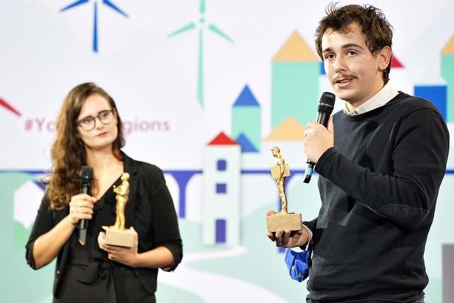 Anastasia Lopez, dziennikarka z Austrii i Francisco Sezinando, dziennikarz z Portugalii, otrzymali tegoroczne nagrody im. Bartosza Niedzielskiego i Antonio Megalizziego.