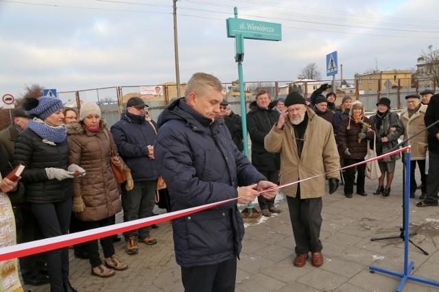 Dzięki niej w naszym mieście powstał jeden z pierwszych w Polsce oddziałów dla osób zakażonych HIV i chorych na AIDS