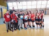 Mistrzostwa Powiatu Żnińskiego w Piłce Siatkowej dziewcząt i chłopców [zdjęcia]