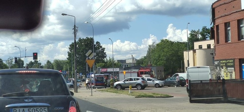 Groźny wypadek na skrzyżowaniu Raginisa i Wysockiego w...