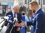 Konferencja Konrada Fijołka i Pawła Tanajno na rzeszowskim rynku [ZDJĘCIA]