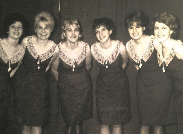 W pierwszym składzie (prawdopodobnie z 1965-1968 roku) było sześć dziewcząt: (od prawej) Danka, Basia, Ewa, Janina, Eryka i Krystyna