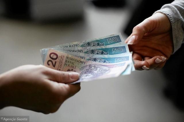 Płaca minimalna 2020. Ile wyniesie brutto i netto najniższa stawka