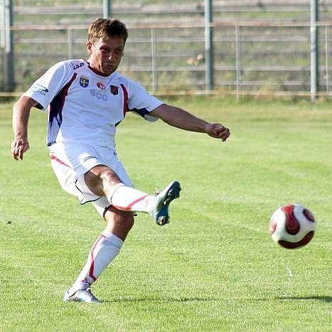 Remis w meczu Odra Opole - Tur Turek. Mecz zakonczyl sie wynikiem 2:2