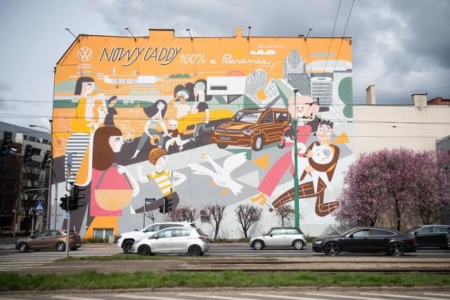 Mural na skrzyżowaniu ul. Garbary i ul. Estkowskiego zakryty przez reklamę.