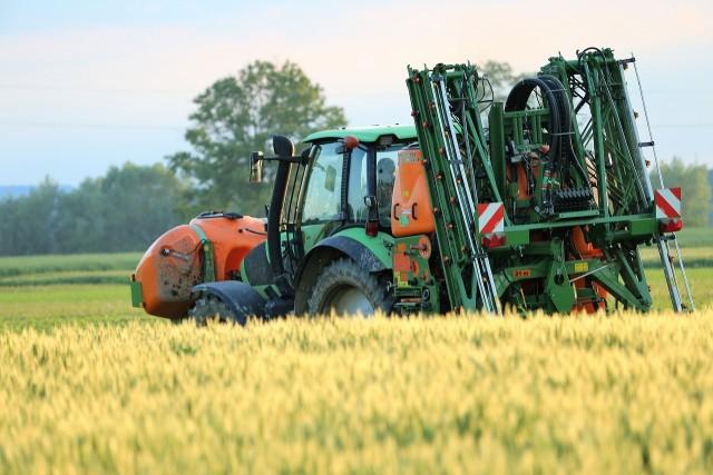 Rolnicy mają więcej czasu na złożenie wniosku o wsparcie z ARiMR