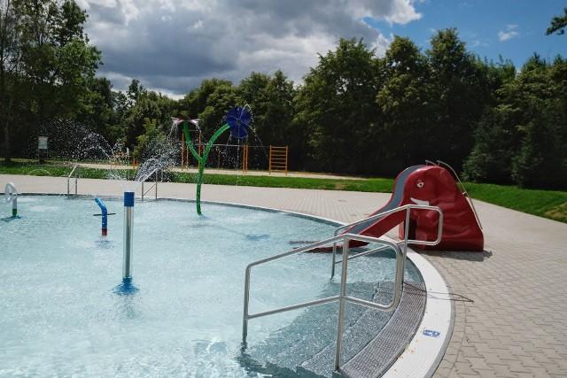 Po gruntownej modernizacji, pływalnia znajdująca się w parku Kasprowicza, rozpoczęła działalność. Poznaniacy mogą z niej korzystać przez całe wakacje, codziennie w godzinach 9-19.