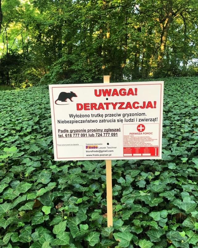 W parku Sołackim wyłożono trutki - o czym ostrzegają tablice.