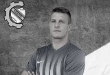 Żona i synek tragicznie zmarłego 28-letniego piłkarza Błękitnych Wronki proszą o pomoc