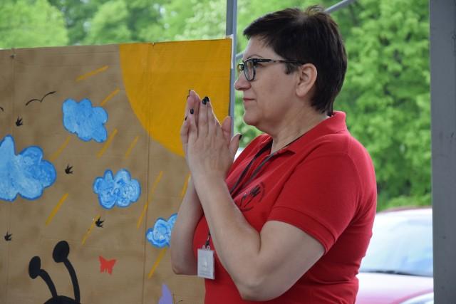 Wiesława Stafiej, kierownik WTZ w Sępólnie, zawsze wesprze  dobrym słowem  swoich podopiecznych. - To wszystko minie - mówi