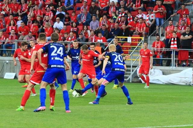 W minionym sezonie w derbach na stadionie przy al. Piłsudskiego Widzew zremisował z ŁKS 0:0