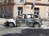 Pożar na Przedmieściu Oławskim. Spłonął samochód