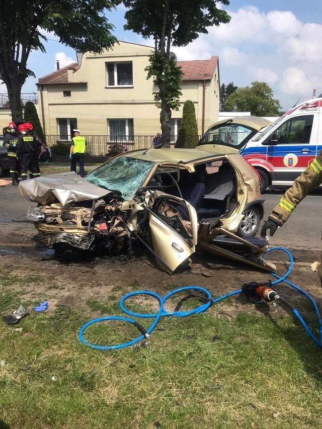 Ozorków: wypadek na ulicy Zgierskiej. W zderzeniu samochodów osobowych ucierpiały cztery osoby!CZYTAJ DALEJ NA NASTĘPNYM SLAJDZIE